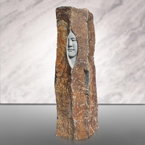 "Basalt-Figur ""Woman"""