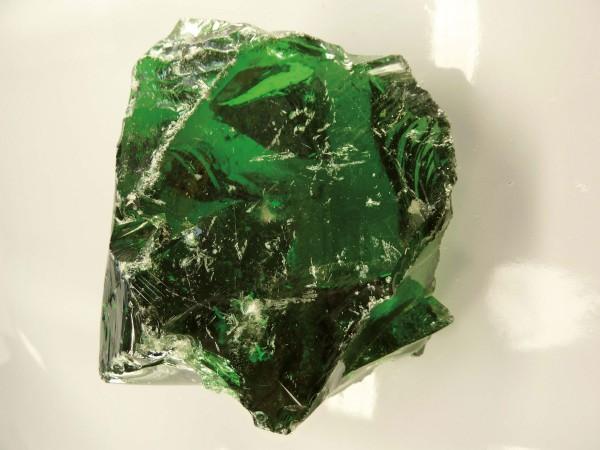 Glasbrocken dunkelgrün