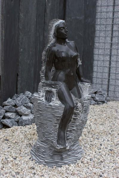 Skulptur-Wasserspiel Moni Abverkauf