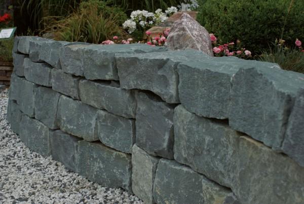 Trockenmauer Anröchter bruchrau