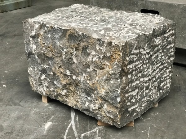 Cube-Stone Blaustein