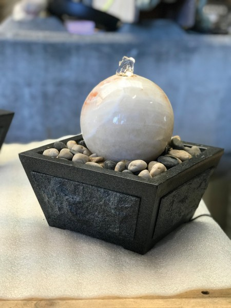 Zimmerbrunnen beige Jade