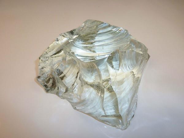 Glasbrocken weiß