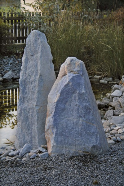 Azul Quarzit Monolith