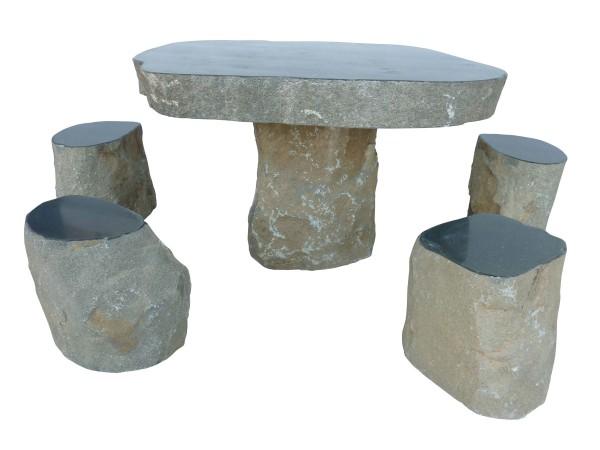Basalt-Sitzgruppe